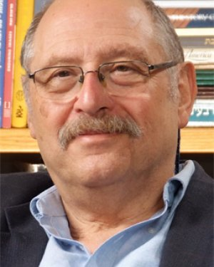 Mr. Yossi Vardi photo